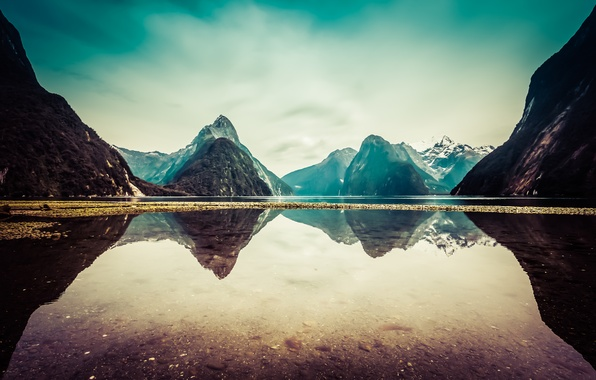 Картинка облака, снег, горы, озеро, отражение, Новая Зеландия, New Zealand, mountains, clouds, lake, snow, reflection, Milford …