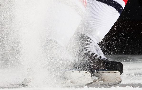 Картинка лед, брызги, спорт, хоккей, коньки