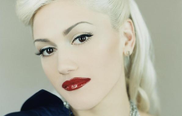 Картинка взгляд, украшения, лицо, волосы, макияж, прическа, блондинка, красные губы, Gwen Stefani