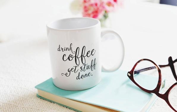 Картинка цветы, кофе, букет, чашка, книга, стаканы, flowers, cup, book, coffee, glasses, bouquet