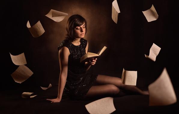 Картинка девушка, книга, страницы