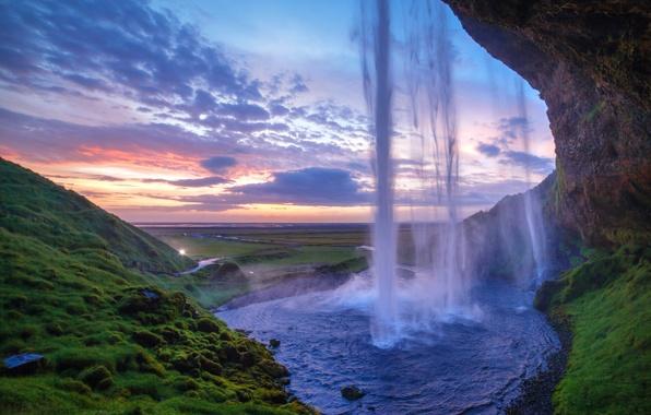 Картинка зелень, закат, скала, рассвет, холмы, водопад