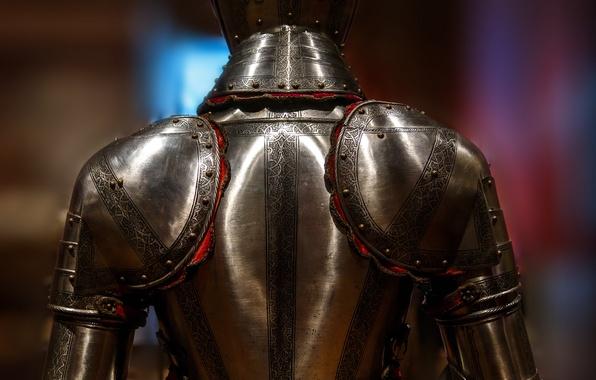 Картинка металл, фон, узор, доспехи, рыцарь, вид сзади