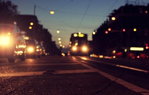 Картинка дорога, асфальт, машины, город, огни, разметка, вечер, Амстердам, трамвай, Нидерланды, сумерки, Amsterdam, Голландия, боке, Nederland