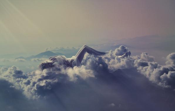 Картинка девушка, облака, креатив, фантазия, отдых, блондинка, туфли