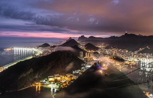 Картинка небо, закат, горы, тучи, city, город, огни, холмы, побережье, вид, высота, вечер, освещение, панорама, Бразилия, …