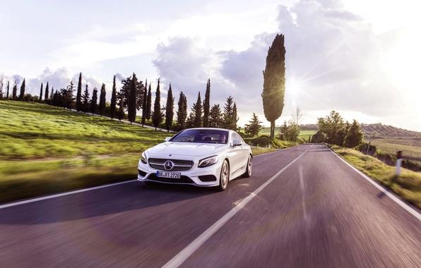 Картинка Mercedes-Benz, Авто, Дорога, Белый, Машина, Мерседес, Свет, Асфальт, Coupe, В движении, S-Class