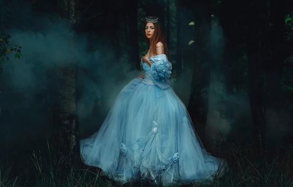 Картинка лес, девушка, дым, платье, Rosie Hardy