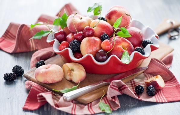 Картинка лето, вишня, ягоды, нож, доска, фрукты, натюрморт, персики, черешня, ежевика, нектарин, Anna Verdina
