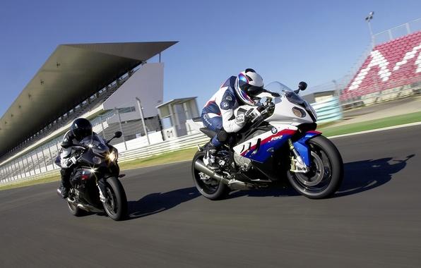 Картинка дорога, машины, мотоциклы, гонка, соревнования, спорт, скорость, мото