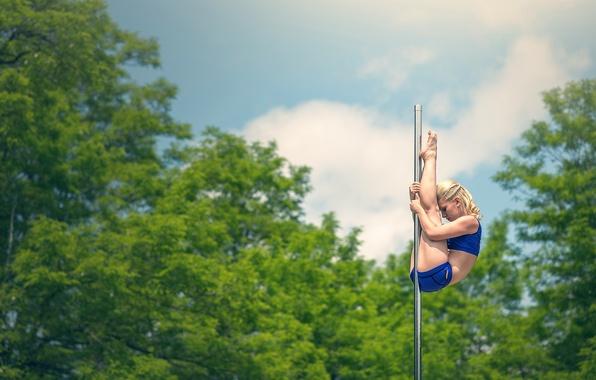 Картинка растяжка, гимнастка, шест, акробатика, не стриптиз, Marie-Cecile