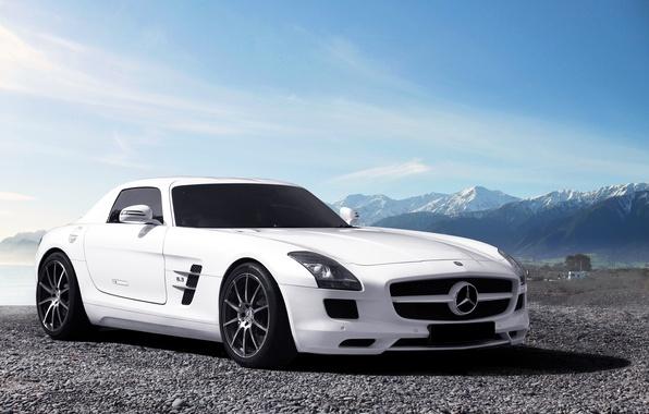 Картинка белый, небо, горы, Mercedes-Benz, горизонт, white, AMG, SLS, front, мерседес бенц