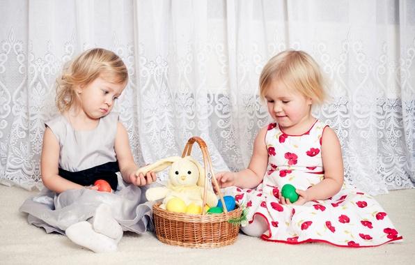 Картинка дети, корзина, девочки, игрушка, пасха, платья, Easter, children