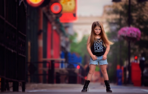 Картинка улица, девочка, fashion, боке, child photography, photography and style, Looking like a big girl