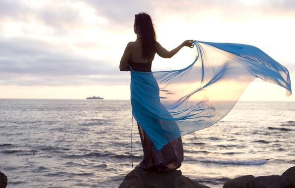Картинка море, волны, небо, свобода, вода, девушка, природа, камни, фон, обои, настроения, брюнетка, широкоформатные, полноэкранные, HD …