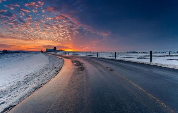 Картинка зима, дорога, небо, облака, снег, пейзаж, закат, природа, сумерки