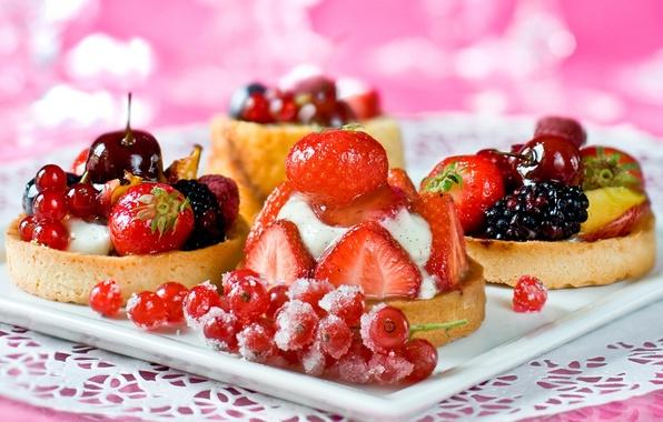 Картинка вишня, ягоды, малина, клубника, десерт, смородина, пирожные, ежевика, сладкое, тарталетки