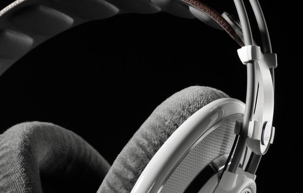 Картинка white headphones, AKG, белые наушники