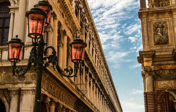 Картинка небо, здания, дома, Италия, фонарь, Венеция, архитектура, Italy, Venice