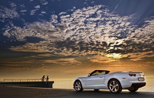 Картинка Закат, Небо, Облака, Море, Белый, Chevrolet, Машина, Кабриолет, Camaro