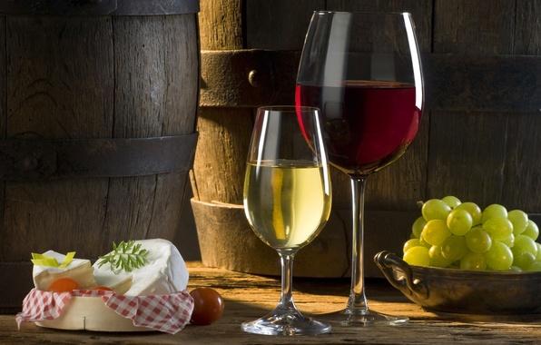 Картинка солнце, вино, красное, белое, тень, сыр, бокалы, виноград, томат, бочки