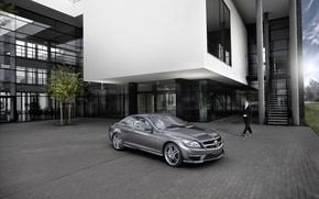 Обои здание, серебристый, площадка, Mercedes-Benz CL63 AMG 2011