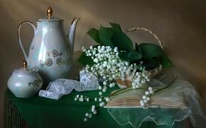 Картинка цветы, кофейник, ландыши, вуаль, книга, текстура, кружево, сахарница, корзина, посуда, винтаж