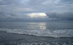 Обои море, волны, облака, песок