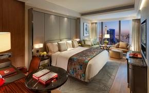 Картинка стиль, диван, интерьер, стол, цветы, Shanghai, кровать, столики, город, подушки, Pudong, вид, спальня, кресло, дизайн