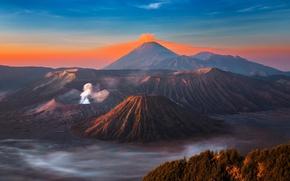 Картинка небо, горы, дым, остров, вулкан, sky, mountains, island, fantastic, Бромо, Ява, Java, volcano, eruption, Bromo, ...