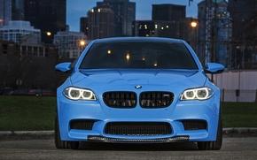 Картинка голубой, бмв, BMW, передок, f10, ходовые огни, Yas Marina Blue