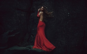 Картинка скала, ветер, камень, в красном, Lady Lazarus