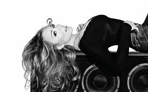 Картинка черно-белая, колонка, Марая Керри, динамик