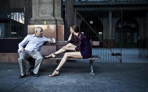 Картинка девушка, скамейка, фон, мужчина, разговор