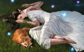 Обои лежит, животное, татуировка, арт, эльфийка, браслет, трава, лиса, платье, фэнтази