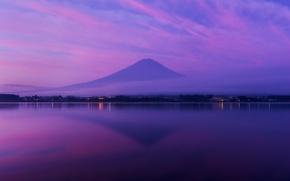 Картинка небо, облака, туман, отражение, океан, гора, вечер, вулкан, Япония, залив, Хонсю, Фудзияма, сиреневое
