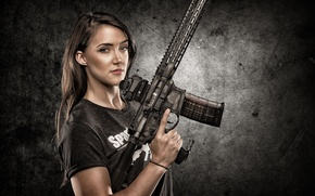 Картинка взгляд, девушка, оружие, фон