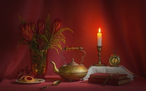 Картинка красный, часы, книги, свеча, букет, чайник, пирожное, натюрморт, ключи