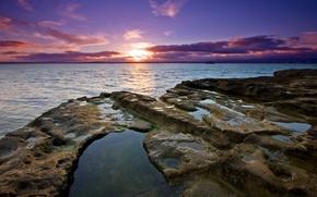 Обои вода, камни, закат