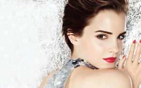 Картинка стена, макияж, Emma Watson, фольга