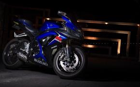 Картинка свет, синий, мотоцикл, suzuki, bike, blue, сузуки, supersport, gsx-r600