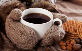 Картинка уют, кофе, чашка, напиток, орехи, вафли, варежки
