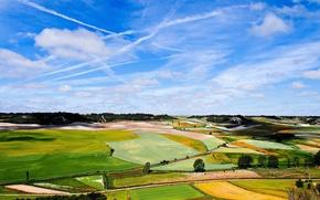 Картинка небо, облака, деревья, поля, дороги, долина, возвышенности