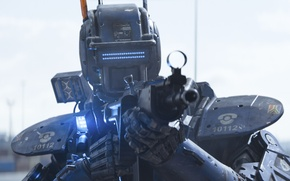 Обои Action, Sci-Fi, Exclusive, Thriller, Guns, Pictures, Film, Police, Sharlto Copley, Weapons, Chappie, Movie, 2015, CHAPPiE, ...