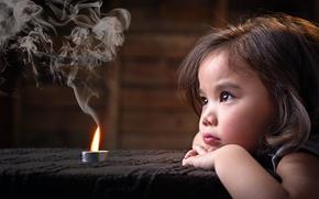 Картинка дым, свеча, девочка