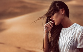 Картинка девушка, ветер, пустыня, макияж, Chromatropic