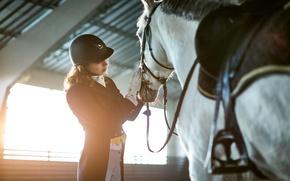 Картинка woman, horse, helmet, riding