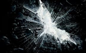 Картинка небо, город, batman, здания, небоскреб, разрушение, darkknightrises