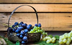 Картинка белый, листья, красный, ягоды, стол, зеленые, виноград, грозди
