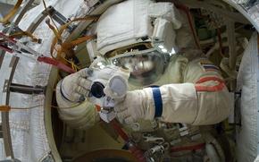 Картинка Космос, МКС, выход в открытый космос, Российский космонавт